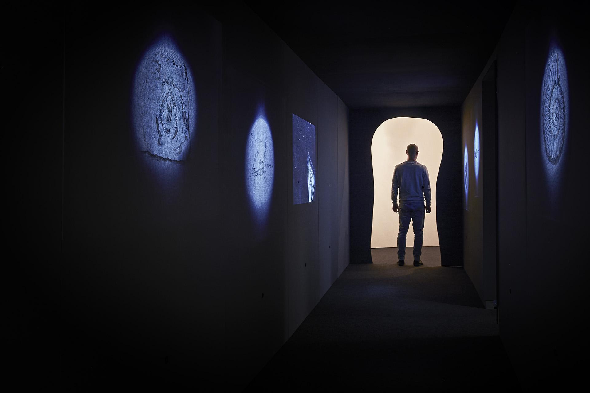 Raum 1, Im Steinbruch der Zeit, Formikat, Foto: Marco Warmuth